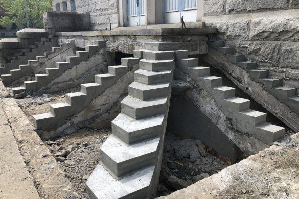 Escalier d'église