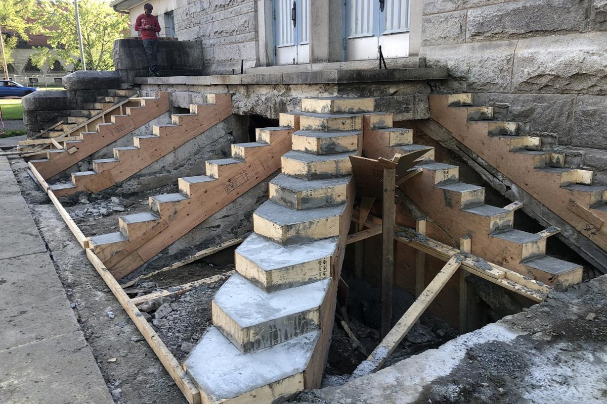 escalier-eglise2